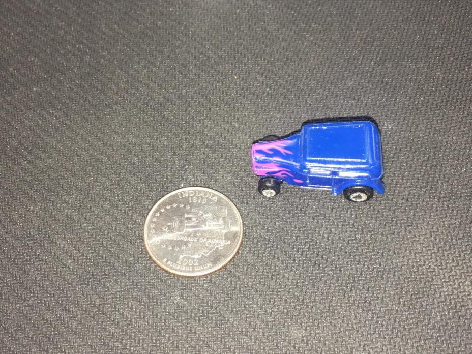 Micro Machines '32 Ford Chopped Custom Insider Blue w/Pink Flames