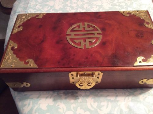 Asain jewel box brown with gold Tone trim needs repair, can be glued