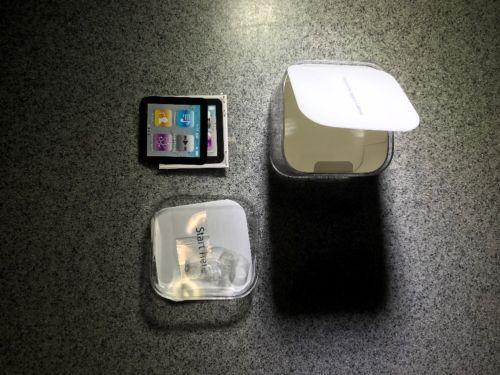 iPod Nano 3rd generation 8GB BOX ONLY!