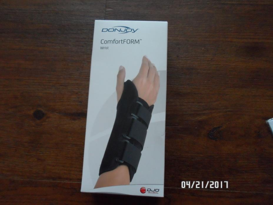 DonJoy Comfort Form  Wrist Support Small, Right)