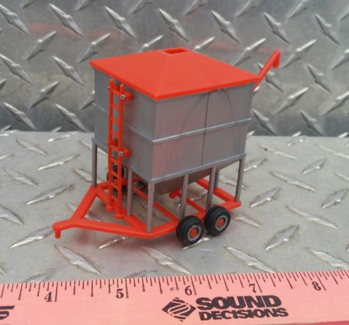 1/64 ertl farm toy standi orange silver 1000 bu portable holding wet bin plastic