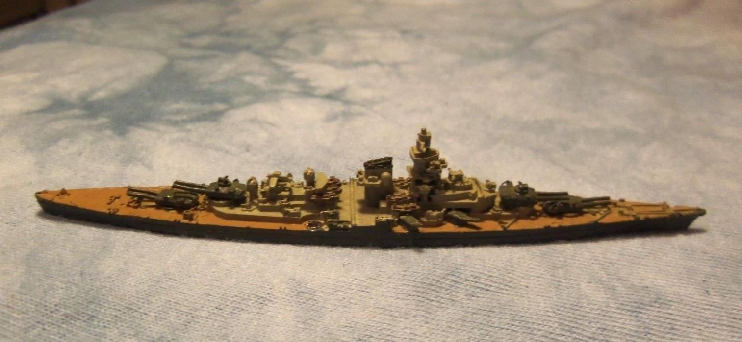 1/2400 scale WW 2 German Battleship TIRPITZ  GHQ Painted