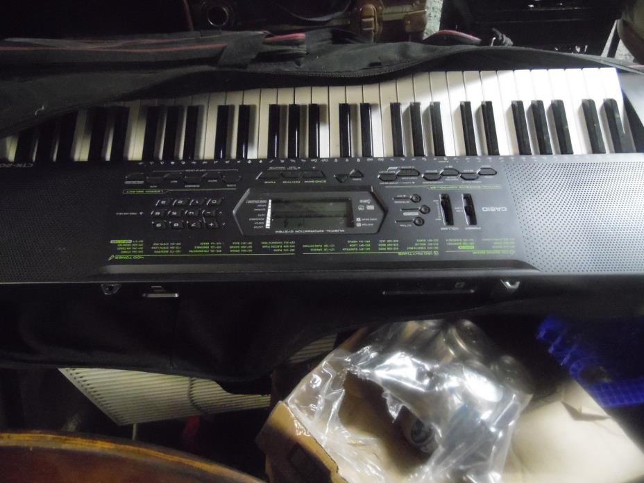 Casio CTK-2000 61-Key Portable Keyboard