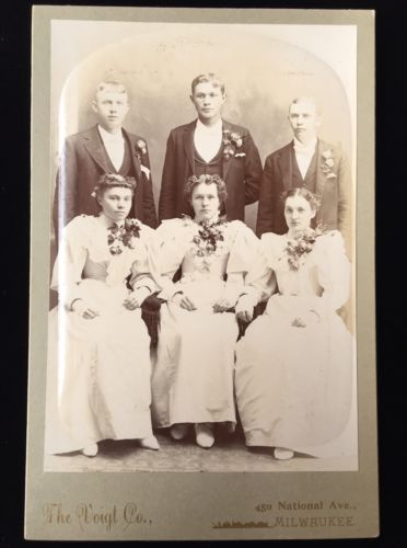 WEDDING BRIDESMAIDS GROOMSMEN MILWAUKEE, WISCONSIN CABINET CARD PHOTO 2198