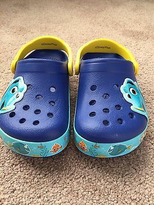 Crocs Finding Dory Light Up Clog Size 10