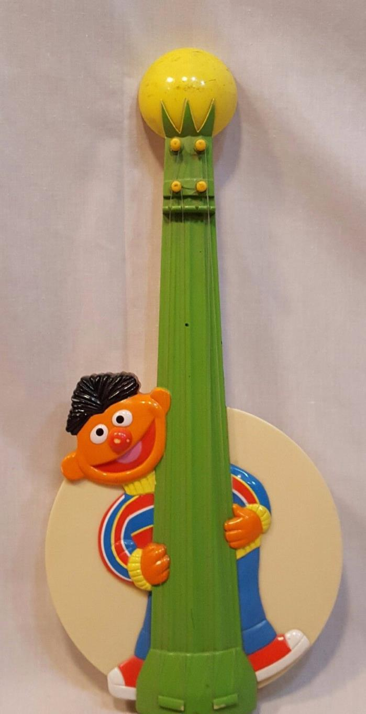 Muppets Sesame Street Ernie Toy Guitar  Banjo  1986 Musical Instrument Vintage