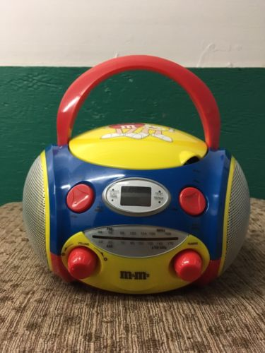 M&M Am/Fm/Cd Boombox Radio M9CD1