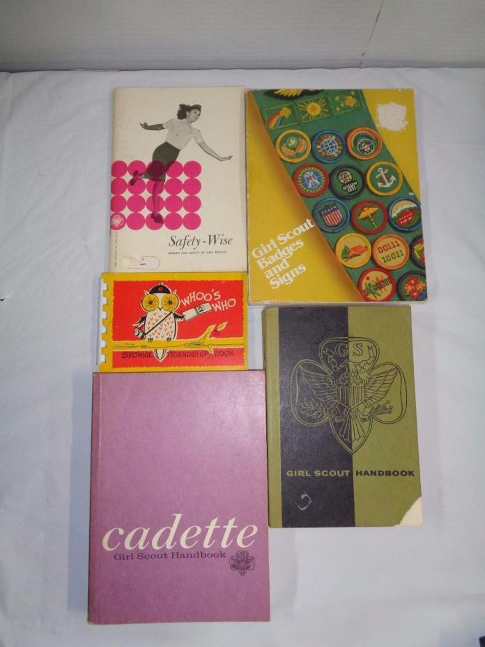 --Lot of 5-- Vintage Girl Scout Books -Brownies/Girl Scouts-