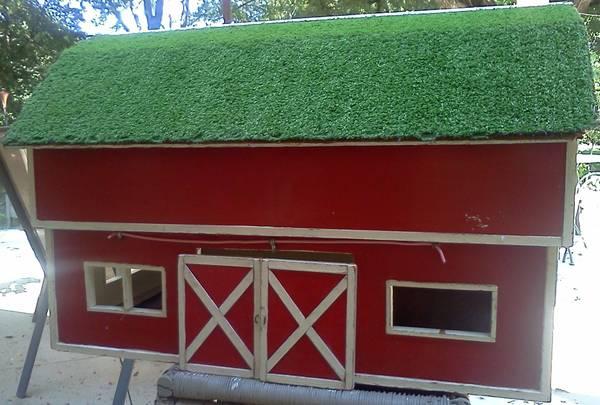 Old Child's Wooden Toy Barn (Waukesha)
