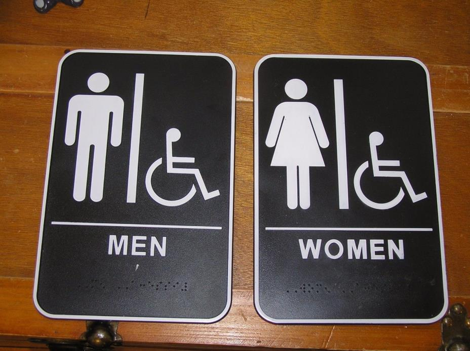 Estate Set of Black & White Plastic Men and Women Bathroom Sign Plates – 5.75 x