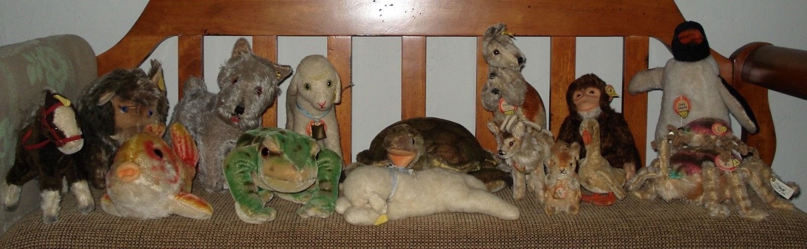 Steiff Knopf Im Ohr Collection Of 13 Stuffed Animals 1961 to 1992