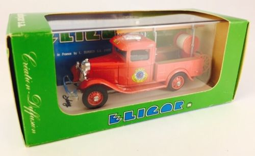 New Eligor 1932 Ford Washington Fire Department Ladder Truck 1/43 Scale w/ Case