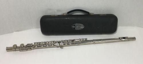 Vintage King Cleveland Flute w/ Hard Case