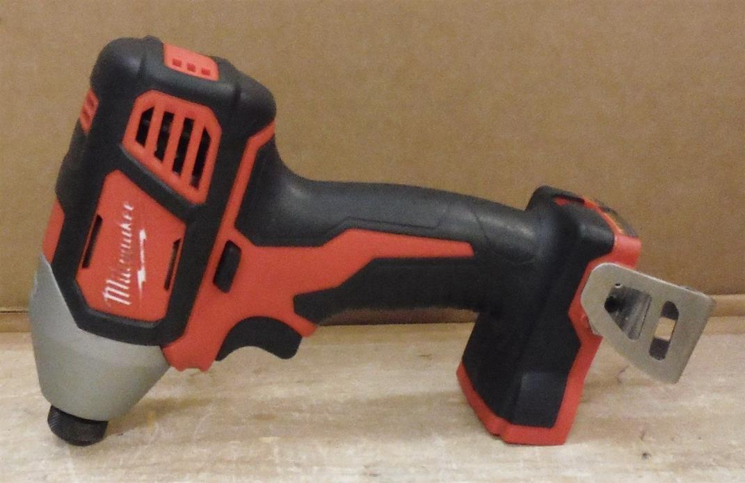 CLEAN LOW USE Milwaukee 2656-20 Impact Driver M18 (TOOL ONLY) FREE SHIP t01