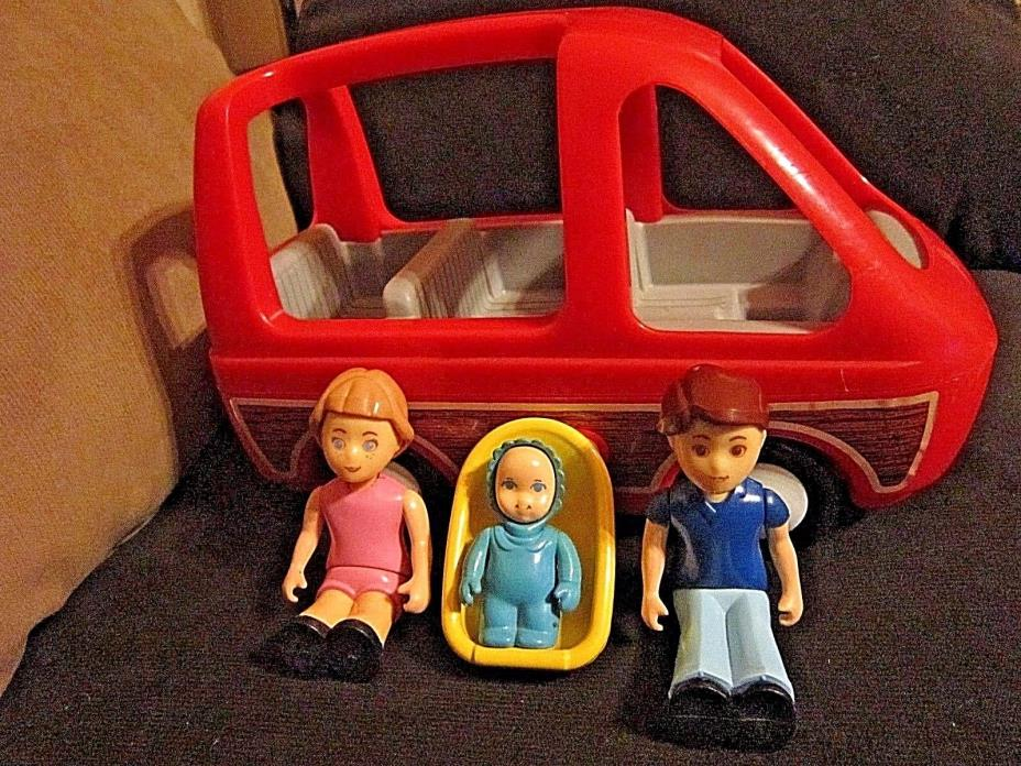 Little Tikes 1980's Family Woody Panel Van Car With Baby/Seat Mom Dad Figures