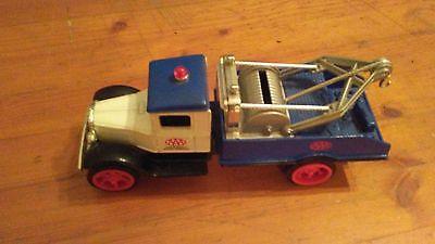 ERTL 1931 hawkeye AAA tow truck bank