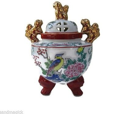 Japan Urn Incense Urn 3 Footed Pot Foo Dog Handles Lid Japanese Porcelain Gold