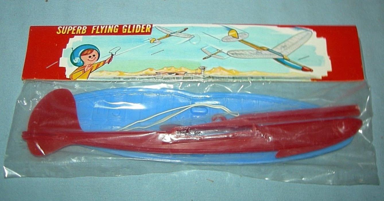 Vintage Plastic Superb Flying Glider MIP Hong Kong Red Blue