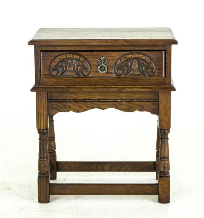 B595 Antique Scottish Oak Bedside Table, Nightstand, End Table, Lamp Table