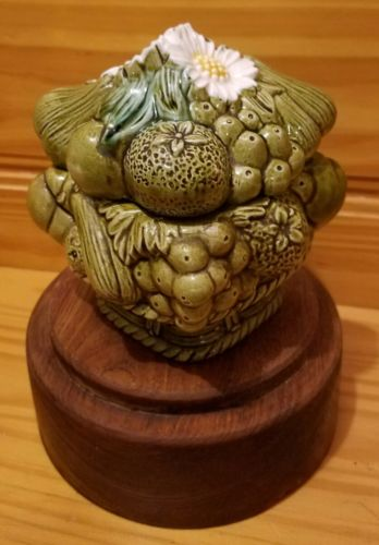 Japan Raised fruit basket ceramic