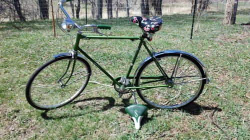Schwinn Speedster 1973 Boys Classic Antique Campus Green Bicycle
