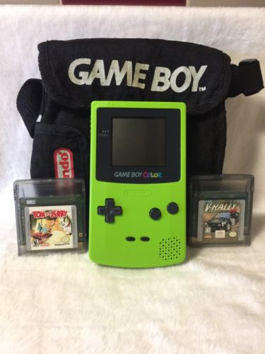 Nintendo Gameboy Color Lime Green with 2 (two) Games.TESTED!