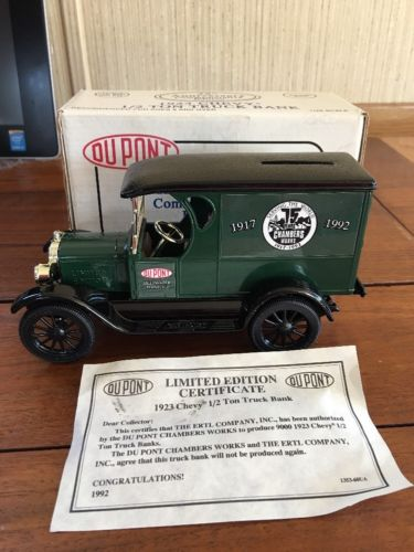 1993 ERTL 1/25 1923 CHEVY 1/2 TON DELIVERY TRUCK BANK  DUPONT 75TH ANNIVERSARY