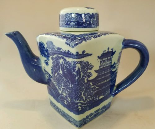 Vintage Chinese Asian Blue And White Porcelain Or Ceramic Teapot
