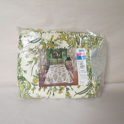 VINTAGE YELLOW/GREEN/WHITE FLORAL BEDSPREAD - TWIN BY SPRAY PERMANENT PRESS NEW