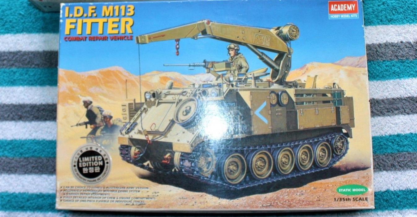 1/35 ACADEMY  IDF M-113 FITTER