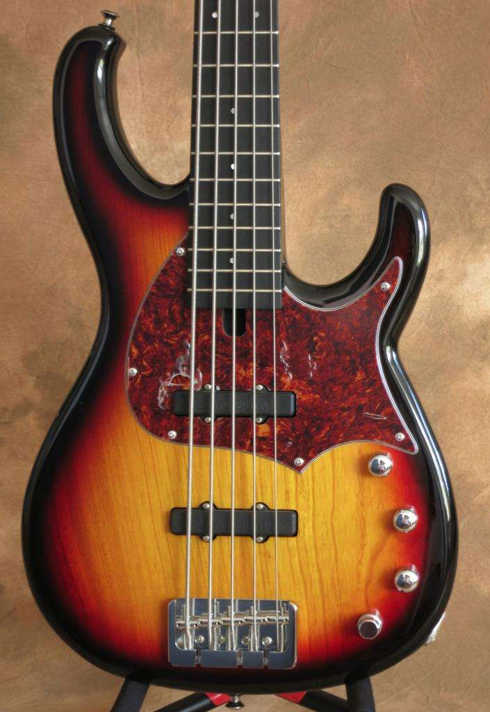 2012 Modulus FB5 Funk Unlimited Flea J5 5 String Bass OHSC Excellent