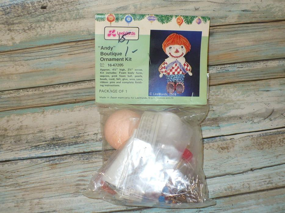 LeeWards 1974 Raggedy Andy Doll Beaded Christmas Tree Ornament Kit Sealed