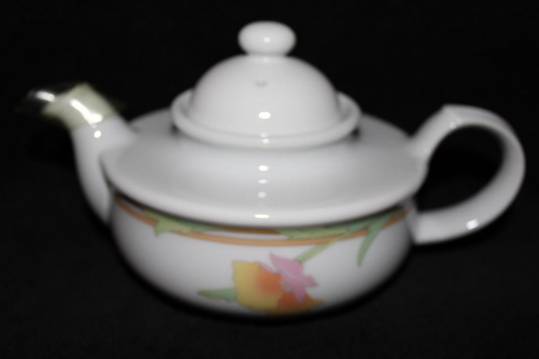Toscany Collection Teapot - Floral Design - Japan