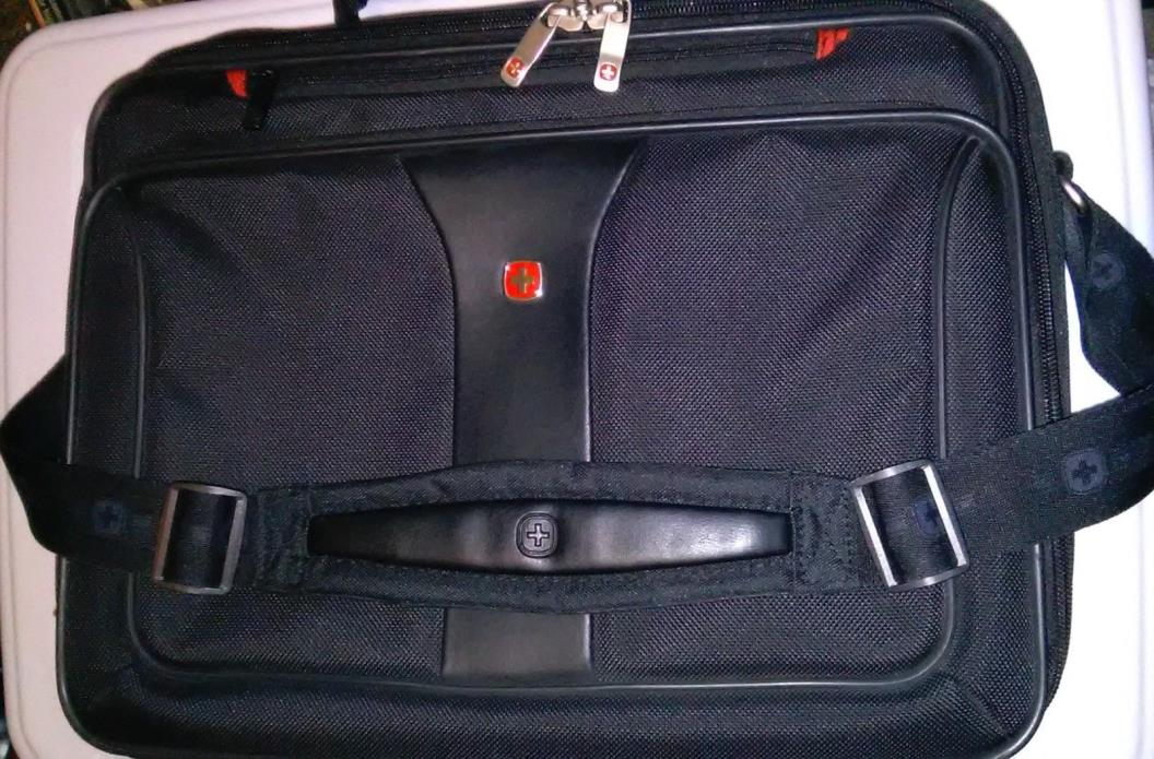 WENGER SWISS ARMY Laptop Computer Carrying Case Shoulder Bag Messenger Briefcase