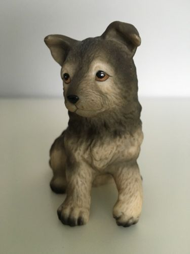 VINTAGE HOMCO PORCELAIN GERMAN SHEPHERD PUPPY Police DOG FIGURINE  #8828