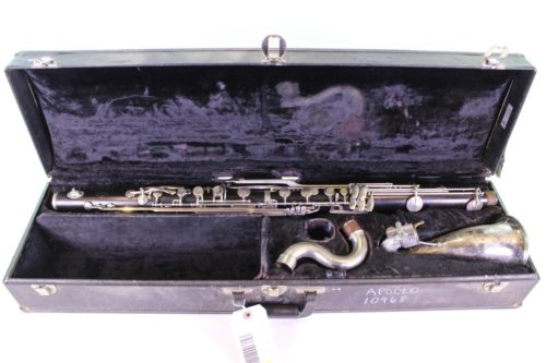 Noblet Bass Clarinet RANGE TO LOW Eb! GREAT PLAYER! QuinnTheEskimo