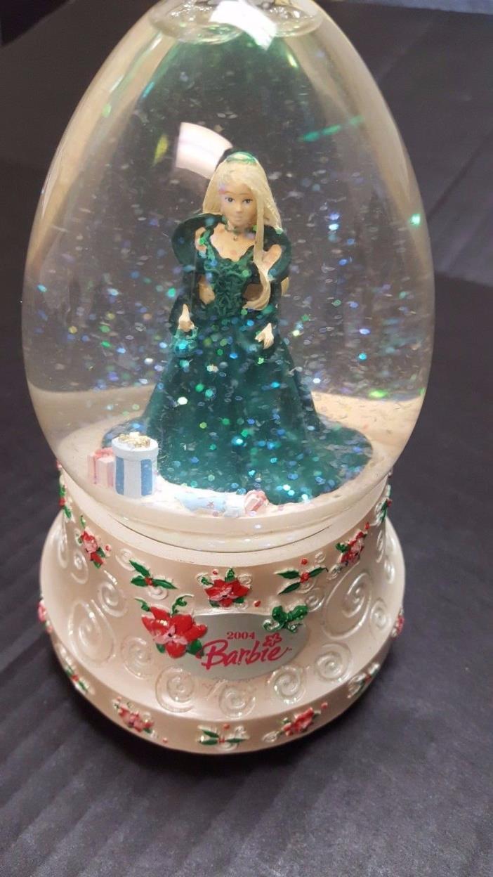 Barbie Winter Wonderland Snowglobe 2004 Good Condition!