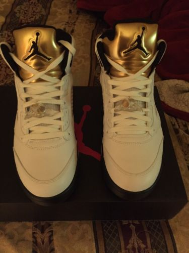 Retro Jordan Gold Coin 5 Size 11