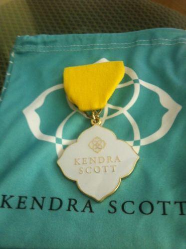 Kendra Scott 2017 Fiesta San Antonio Medal - NEW