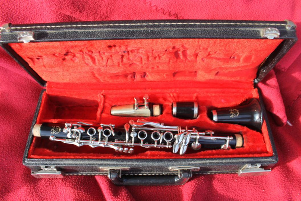 Vito Eb Clarinet Completely Overhauled with Nice Mouthpiece and Case