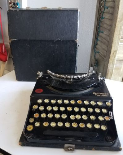 Vtg Remington Portable Typewriter