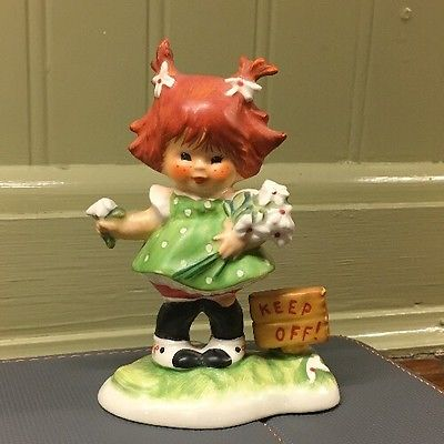 Vintage Goebel Redhead Figurine - 1958- Keep Off!  Hummel Germany