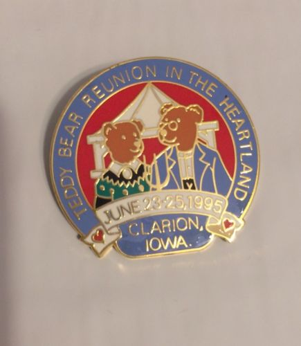 Teddy Bear Reunion In The Heartland Pin From 1995, Clarion, Iowa