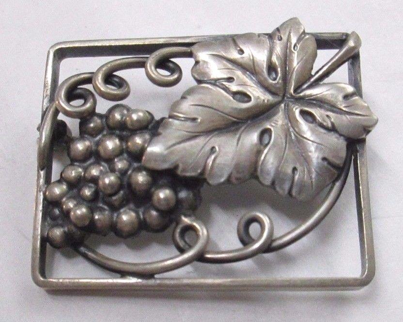 Vintage Denmark Fir Munksgaard Faborg Sterling Silver Grape Leaves Brooch Pin