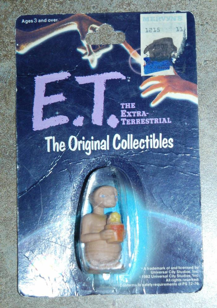 E.T. Extra-Terrestrial - The Original Collectibles - Mint on Orig. Card - 1982