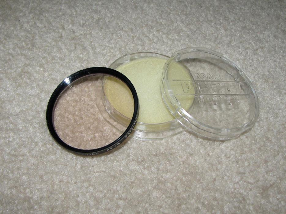 Original Asahi Pentax 49mm Skylight Lens filter with Pentax Case - Made in Japan