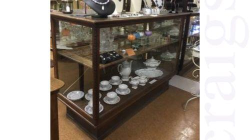Antique Grand Rapids Show Case - Display Case - Grand Rapids Fixture Company