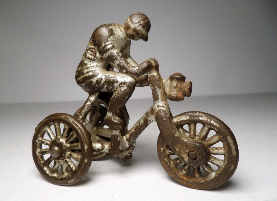ANTIQUE IDEAL SILVER 3 WHEEL TRI-CYCLE BICYCLE RACER / PULL TOY - HUBLEY DENT