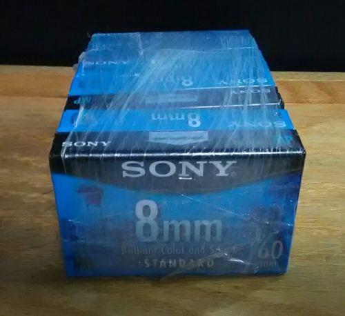 Eight Factory sealed Sony 8mm video cassettes for Video 8, Hi8 or D8 (P6-60MPL)