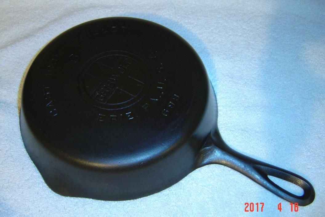 Griswold Cast Iron Skillet No. 6 Large Logo 699 Erie, Pa USA Extra Clean & Ready